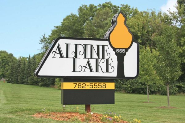 alpine-lake-01